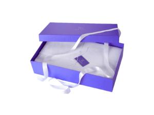 подарочная коробка для одежды