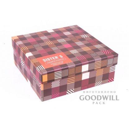 Коробка для одежды из переплетного картона с логотипом фото