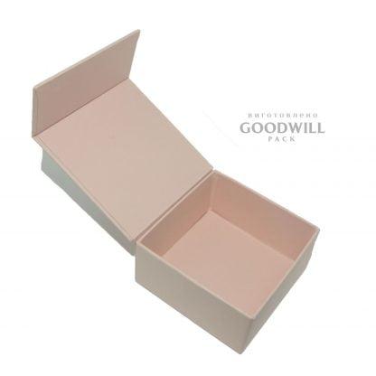 Коробка для ювелірних прикрас на магнітній стрічці