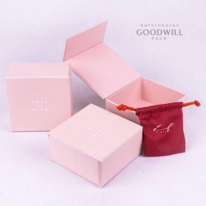 Коробка із переплетеного картону для ювелірних прикрас з друком