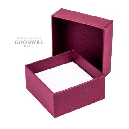 Коробка с ложементом для украшений фото