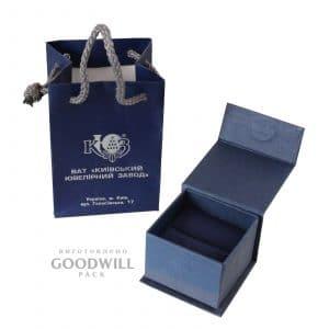 Ювелірні коробочки для подарунків