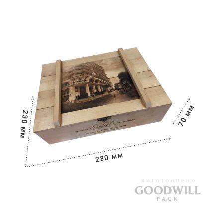 Деревянная коробка с лазерной гравировкой фото