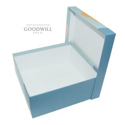 Коробка из переплётного картона для одежды
