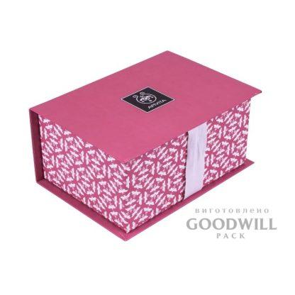 Коробка с репсовой лентой из переплетного картона фото