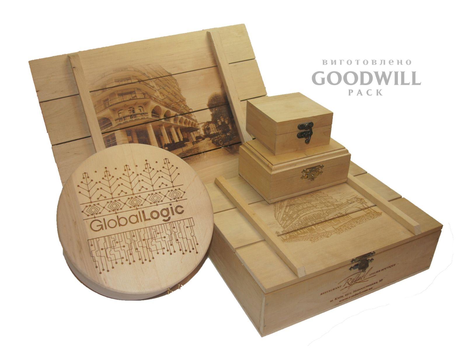 Дерев'яні коробки на замовлення
