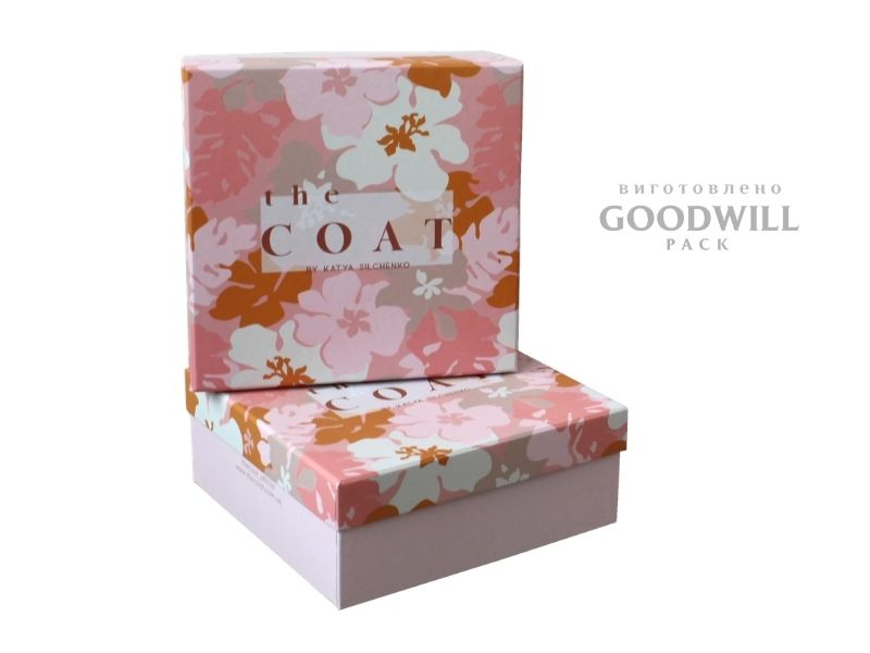 Коробка брендована для одягу