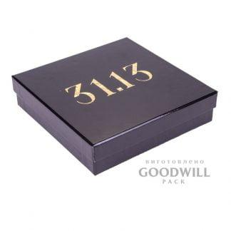 Коробка брендована з тисненням логотипу фольгою для прикрас фото