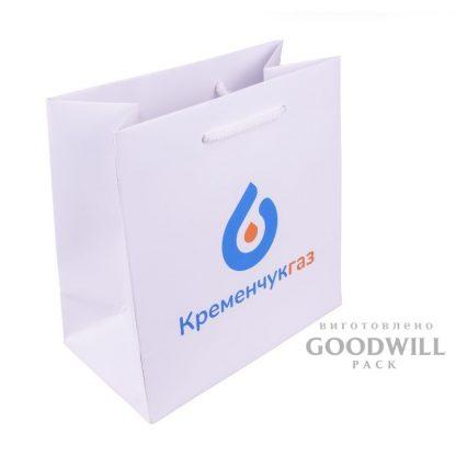 Пакет бумажный с логотипом для корпоративних целей фото