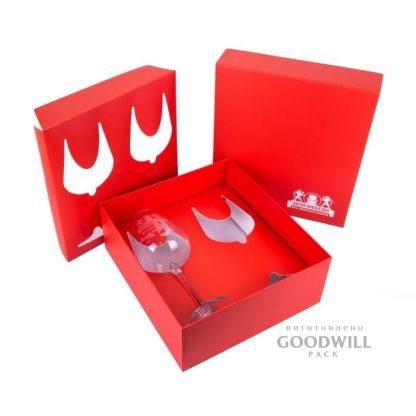 Коробка брендированнаяс высечным ложементом, изготовлена к юбилею ДМ «Сквозной»
